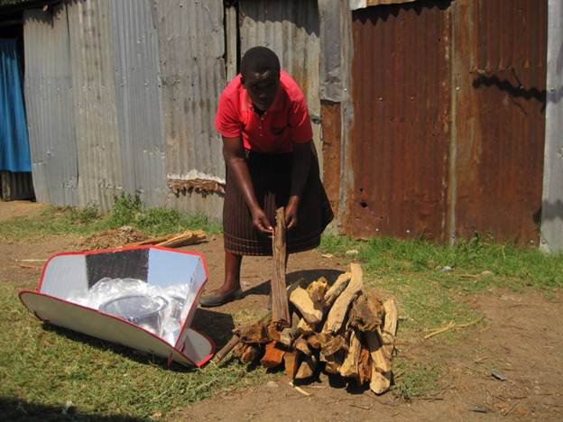 Firewood saved in one week with a solar cooker
